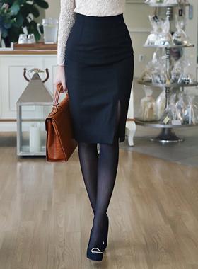 シンプルウールミディひらきスカート