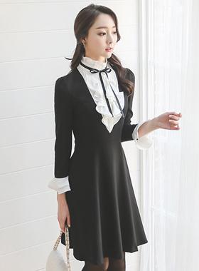 オペルリアフリルネックラッフルブラックドレス