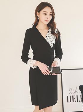 モチーフの刺繍レイスドレス