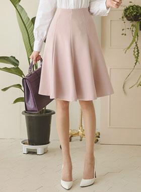 スプリングとアドバイスフレアスカート