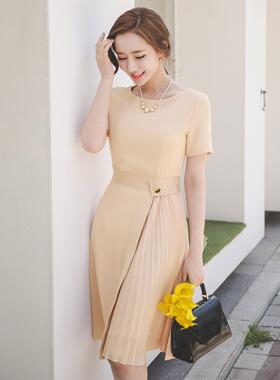 サテンベルトシーポンプリッツドレス