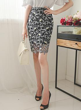ロータス刺繍レイススカート