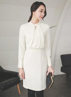 エレガンスボリュームトップひらきネックドレス