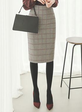 プラ・デ・グレンチェックHラインスカート