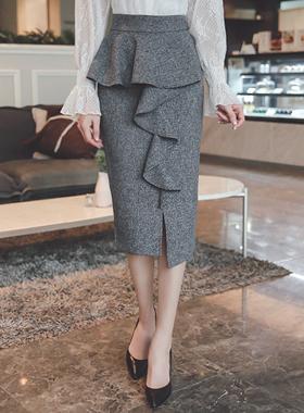 ラッフルラインオンバルページプラムスカート