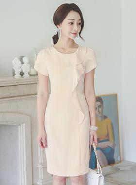 女性ラッフルチューリップ小売ドレス