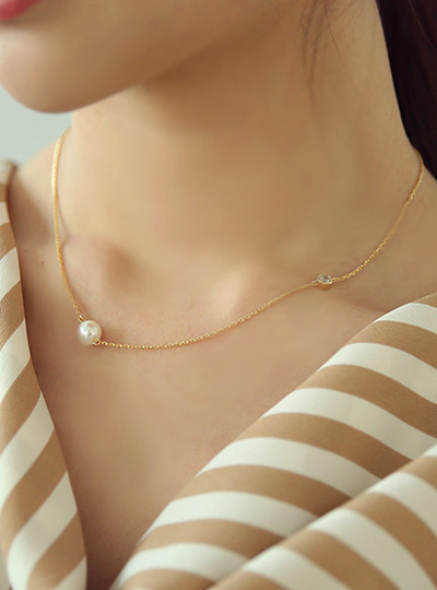 キュービック&真珠 더블포인트 ネックレス