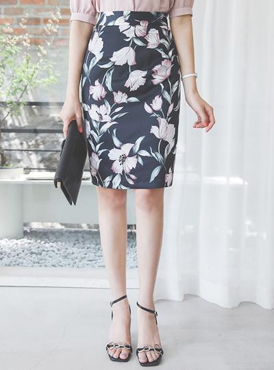 シルキー 花柄 Hライン スカート
