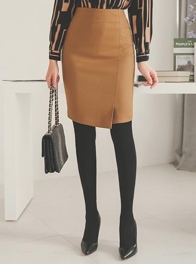 シンプル斜線切開Hラインスカート